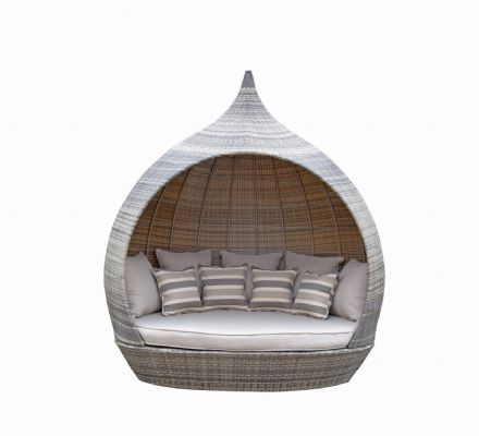 Pearl Day Bed Brown / Nature Rattan